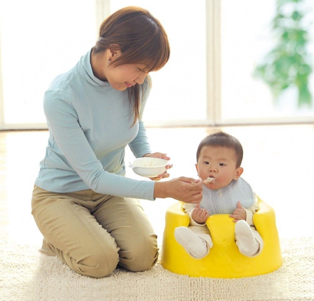 New Bumbo Floor Seat Tray Yellow,Blue Best Price Great