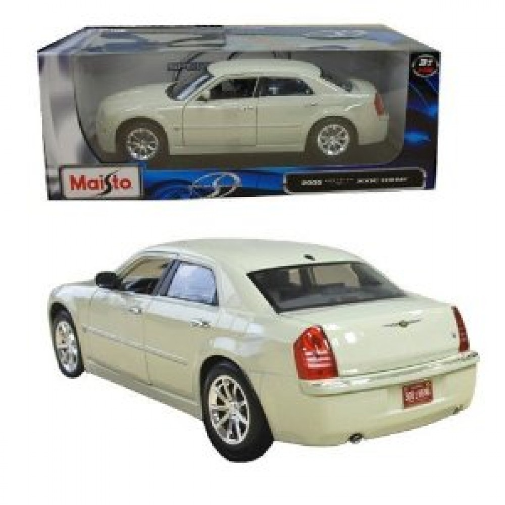 Himi Japan  city photos : ... Maisto Special Edition Chrysler 300C HEMI White Japan F S New | eBay