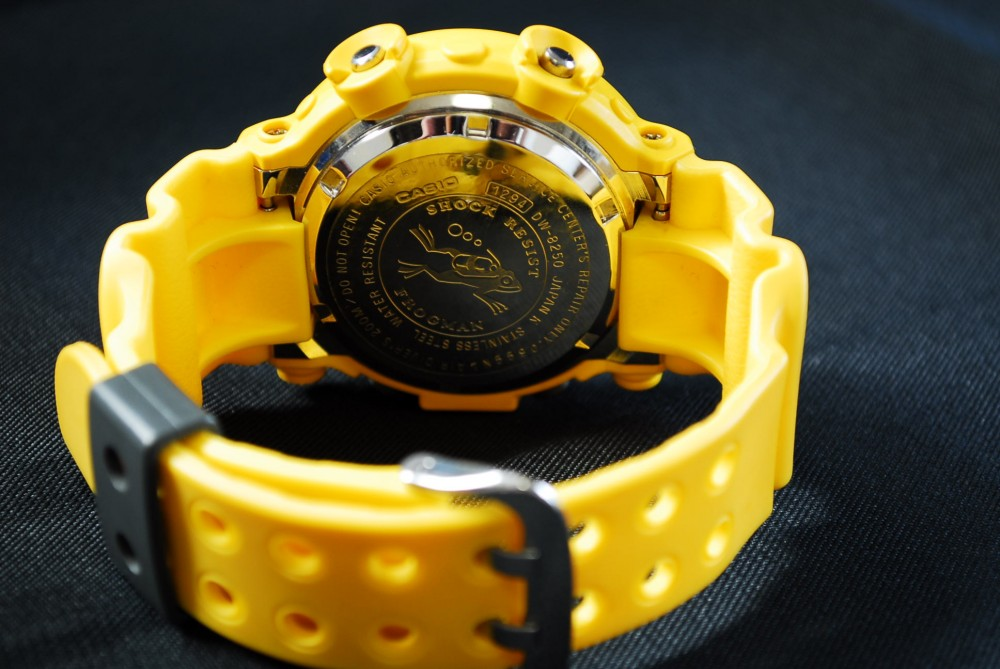 g shock dw 8200 manual