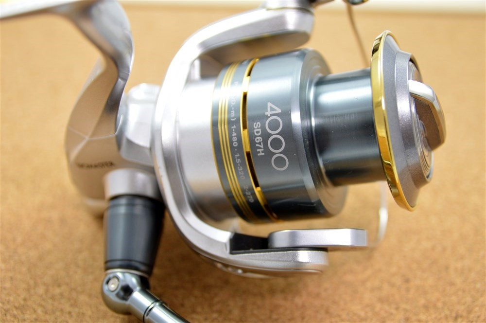 Spinning reel used excellent 08 shimano biomaster 4000 for Used fishing reels