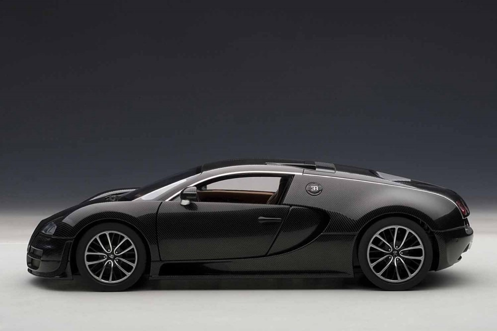 f s autoart bugatti veyron super sport carbon black 70937 1 18 scale model car. Black Bedroom Furniture Sets. Home Design Ideas