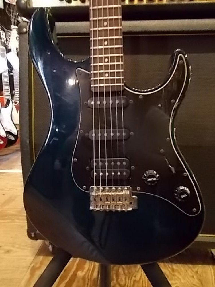 used guiter f s yamaha pac312 2 see through blue electric guitar pacifica ebay. Black Bedroom Furniture Sets. Home Design Ideas