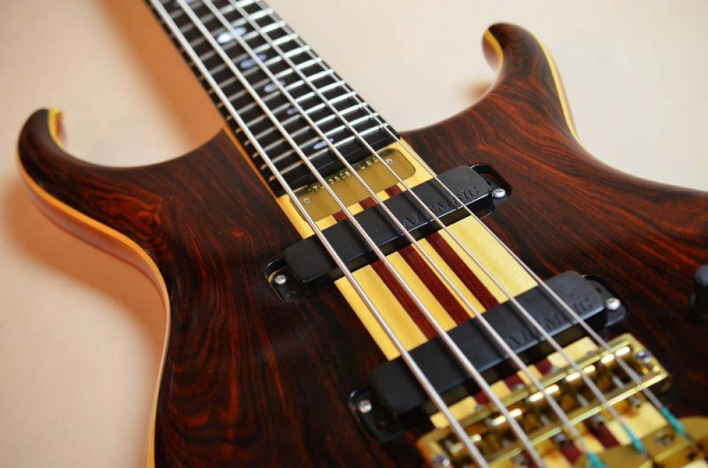 Used Alembic Europa In Coco Bolo 5‑strings Electric Bass